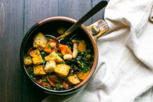 30 minutes and it's done! A nourishing Italian Soup with white beans and kale. Vegan or Vegetarian | Vanilla And Bean