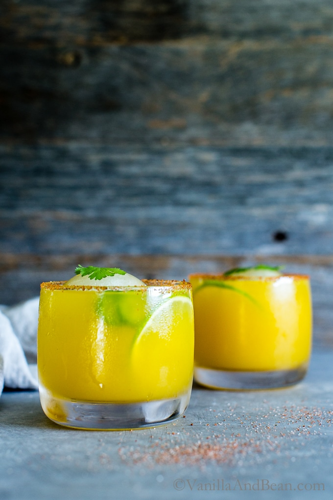 The Mezcal Mango Smash made with Creyente Mezcal in glasses ready for sharing.