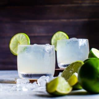 Mezcal Margarita Fizz | #Cocktail #Happyhour #Margaritaweek