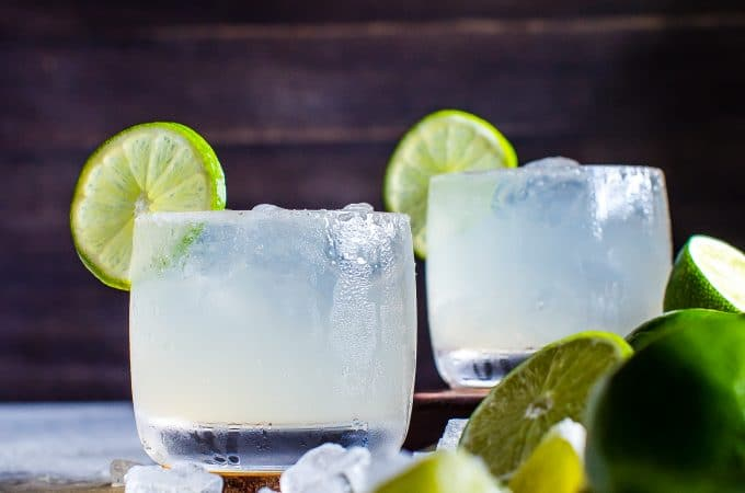 Mezcal Margarita Fizz | #Cocktail #Happyhour #Margaritaweek